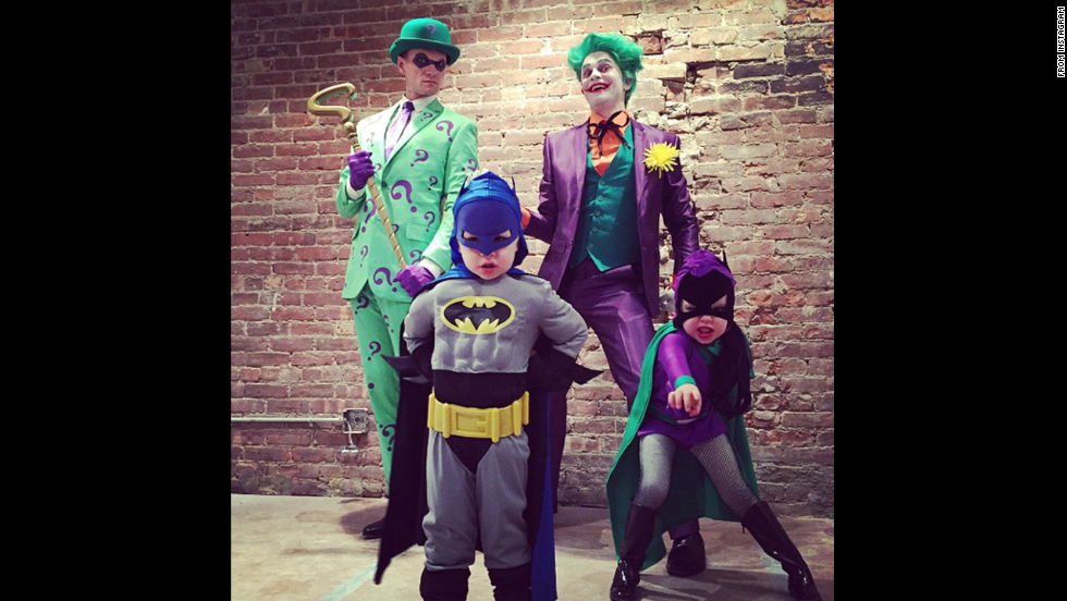 "<a href=""http://instagram.com/p/u1QXfiyTmz/?modal=true"" target=""_blank"">Neil Patrick Harris </a>posted this photo with his family and wrote, ""Happy Halloween from Gotham City!!"""