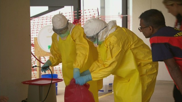 IYW Ebola volunteer 2_00003115.jpg