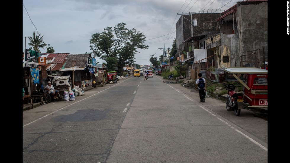View of the main road in Anibong district.