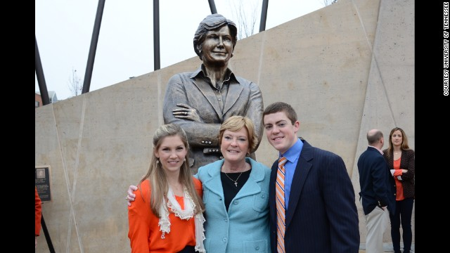 Pat Summitt's son steps out of basketball legend's shadow