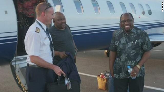 newday bahamas plane crash_00004301.jpg