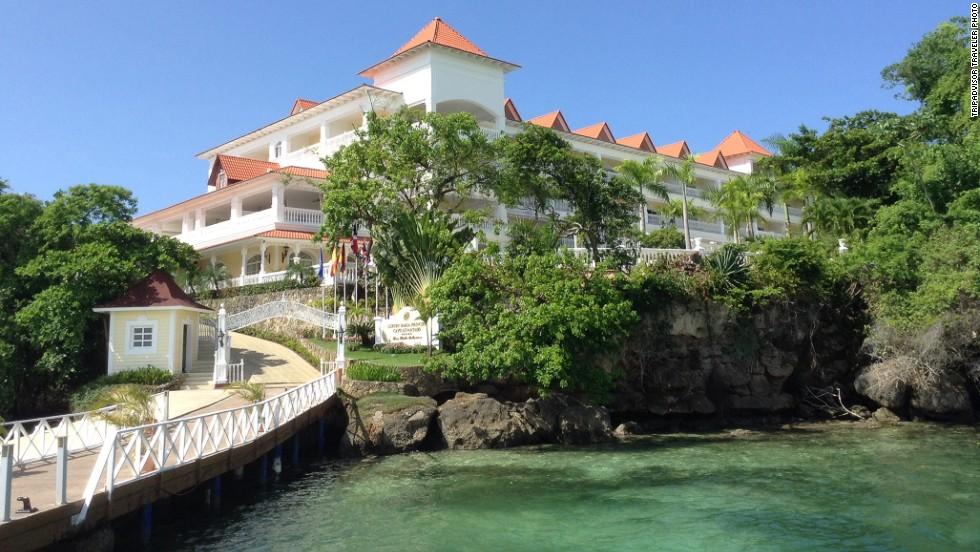 Top 25 all inclusive resorts around the world for Hotel luxury grand bahia principe cayo levantado