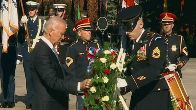 Biden lays wreath for Veterans Day