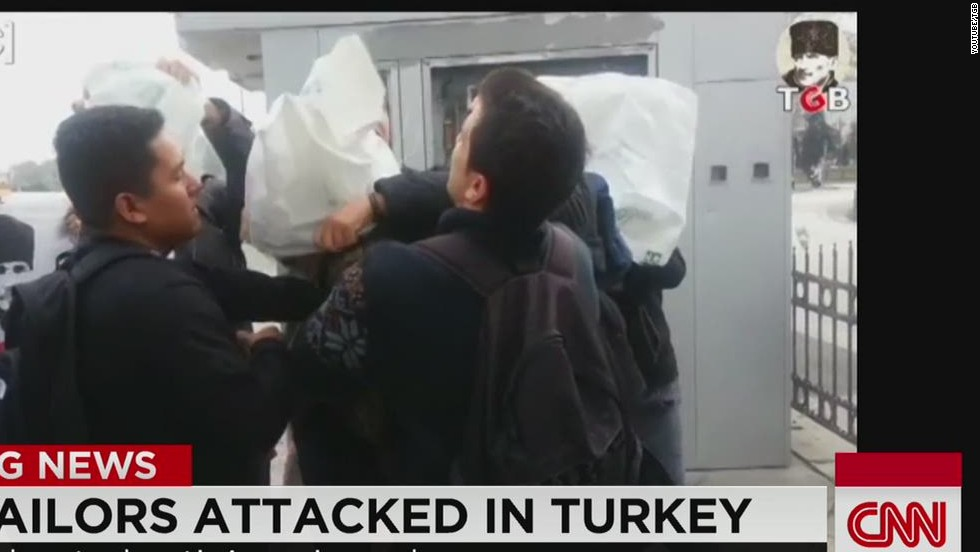 Video shows sailors attacked in Turkey