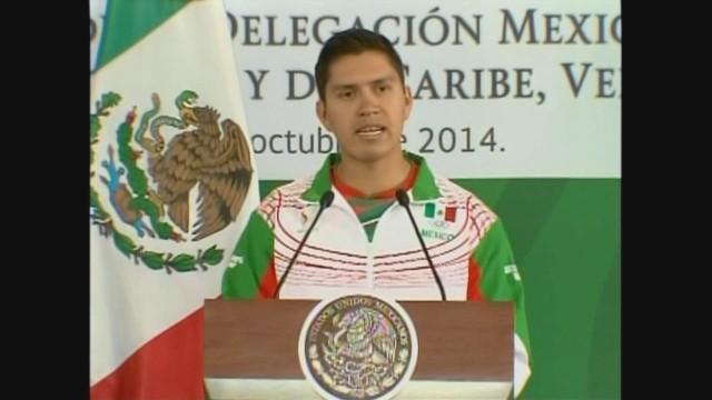 cnnee mexico games mario gonzalez pkg_00004519.jpg