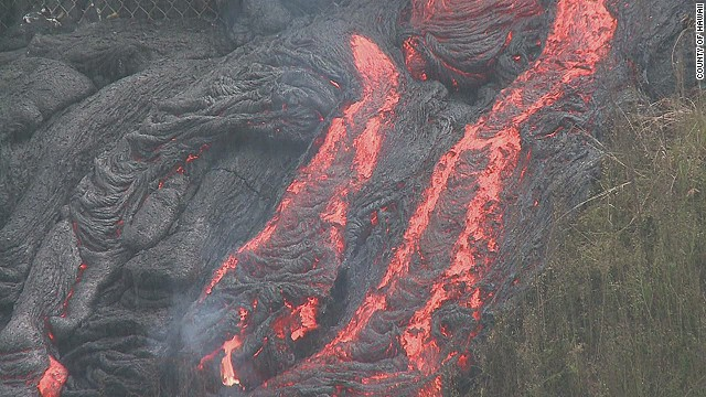 vo hawaii volcano lava flow burn fence_00001711.jpg