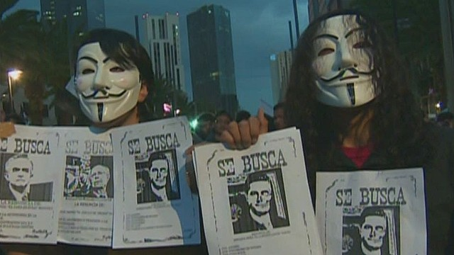 cnnee alis mexico more protest for 43 students_00014921.jpg