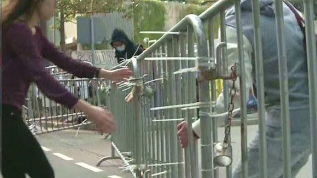 lklv stout hk protests barricade removal_00005908.jpg