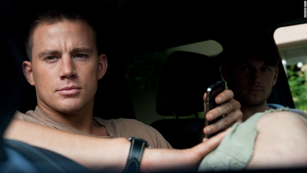 "Channing Tatum (con Alex Pettyfer en Magic Mike"") se desnudó y ganó la distinción en 2012."