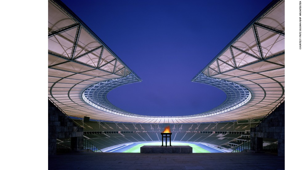 It was later redeveloped by GMP Architects and opened in 2004, eventually hosting games during the 2006 World Cup.