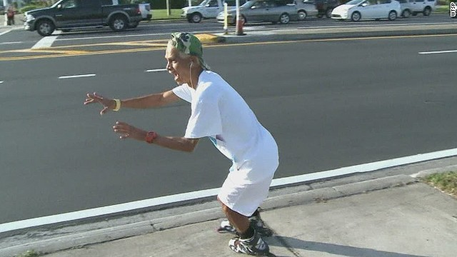 pkg dancing rollerblade skater_00010603.jpg