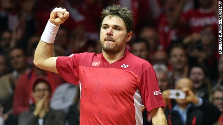 Stanislas Wawrinka put up a superb performance against Jo-Wilfried Tsonga to put the Swiss 1-0 up in Lille.