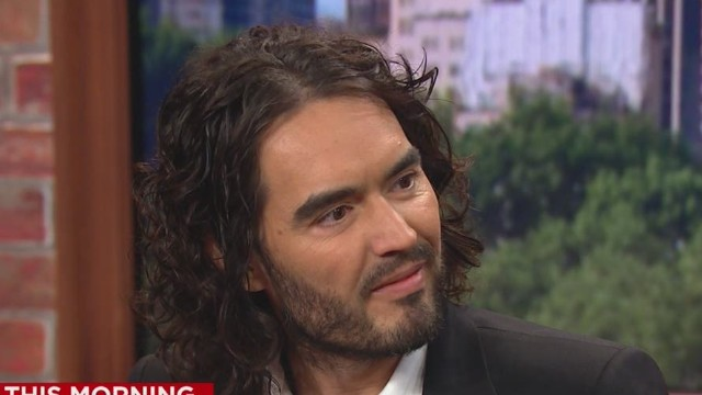 ND Russell Brand Pied Piper New Day  _00025711.jpg