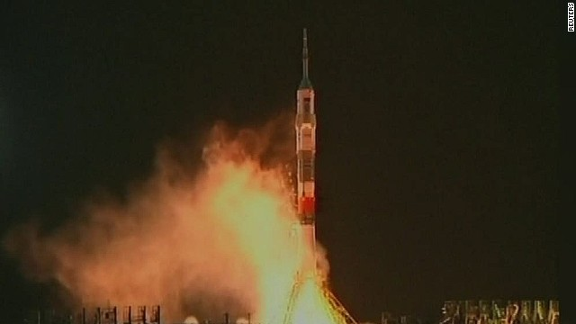 cnni soyuz rocket launch_00000007.jpg