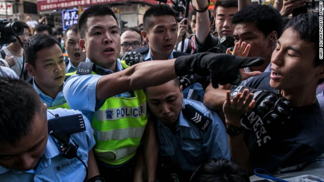 HK protests continue to draw support