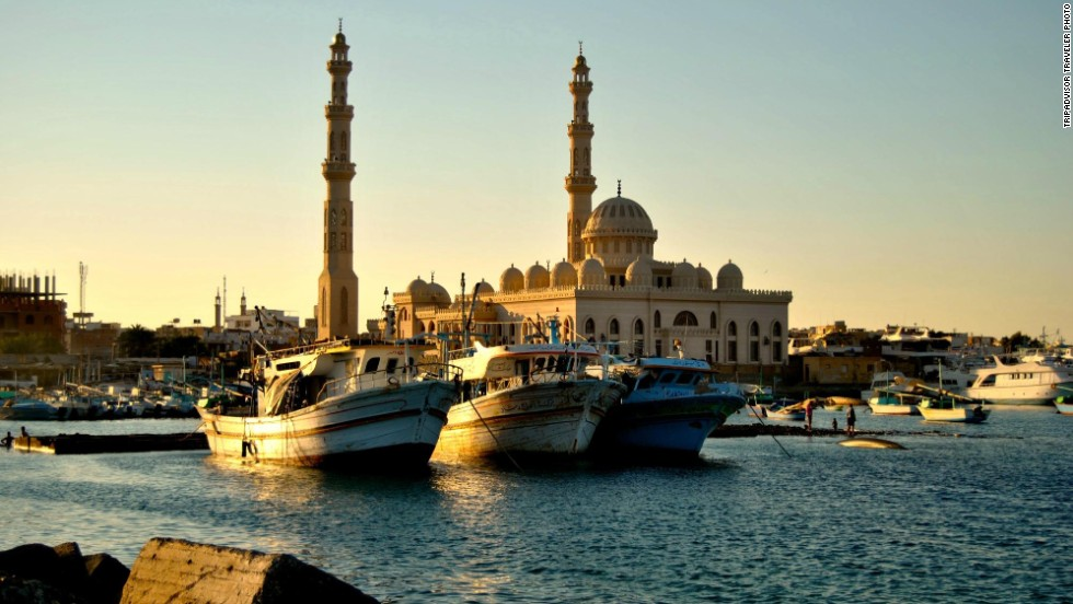 """<strong>7. Hurghada, Egypt: </strong>This Red Sea resort town features a beach with clear blue water, where sunbathers and divers alike can enjoy fun in the sun. TripAdvisor reviewers recommend Moby Dick for """"the best steak in town."""""""