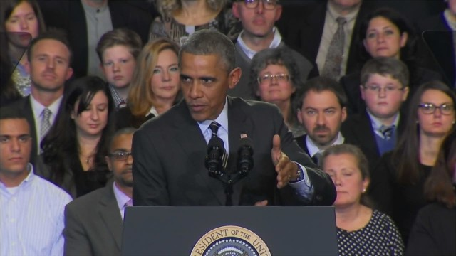 Obama heckled during immigration speech
