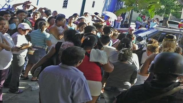 cnnee hernandez venenzuela prison riots_00014130.jpg