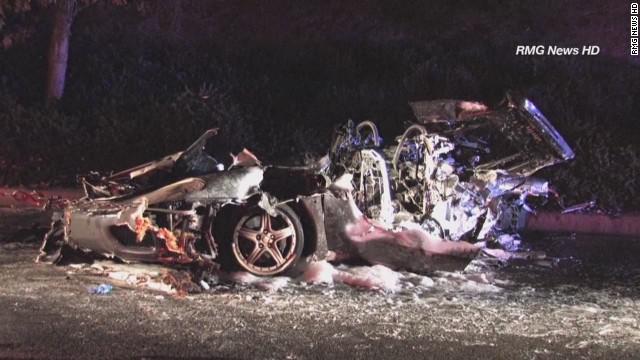 wxp Fiery crash destroys Ferrari_00010005.jpg