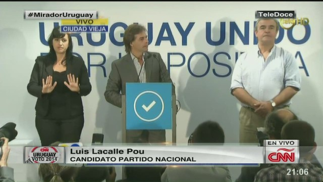cnnee luis lacalle pou admits defeat_00004518.jpg