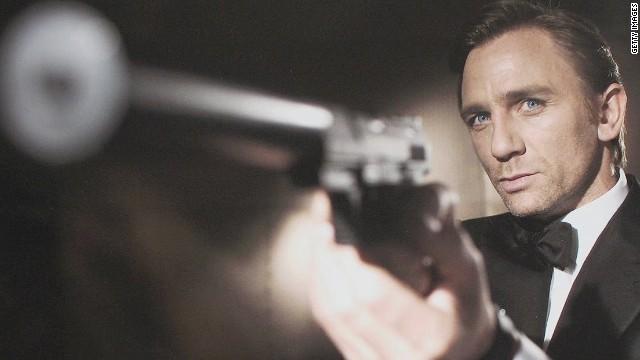 james bond 007 announcement lisas desk orig mg_00011922.jpg