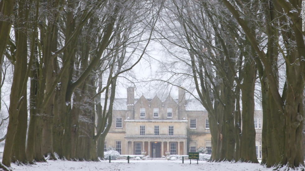 Travel back to Victorian England at Lucknam Park, with days full of choir music and proper teas and nights of mince pies by a roaring fire.