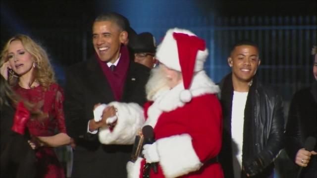 obama dances with santa_00000601.jpg