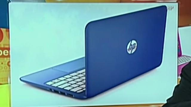 cnnee cibercafe burke laptops_00005829.jpg