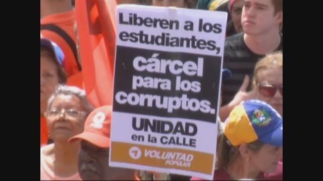 cnnee pkg hernandez us sanctions venezuela reax_00015725.jpg