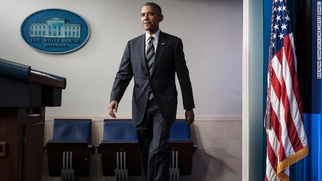 U.S. President Barack Obama arrives to speak to members of the press in the briefing room of the White House on September 27, 2013 in Washington, DC.