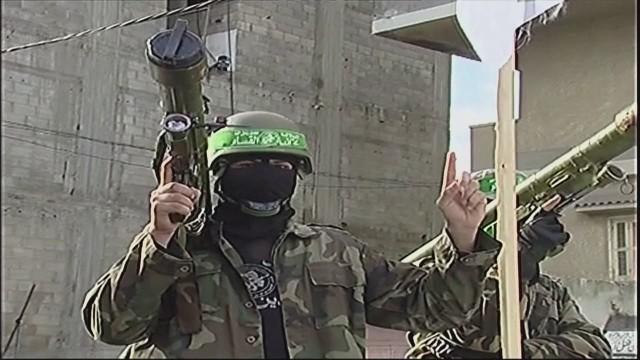 pkg robertson hamas military parade_00005008.jpg