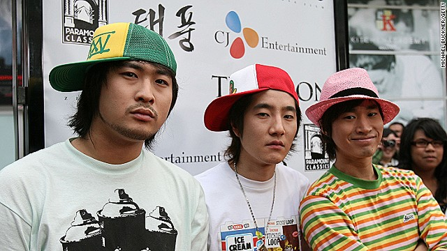 LOS ANGELES, CA - MAY 18: Korean musical group Epik High arrives at the premiere of Paramount Classics' 'Typhoon' at the ArcLight Theatre on May 18, 2006 in Los Angeles, California. (Photo by Michael Buckner/Getty Images)