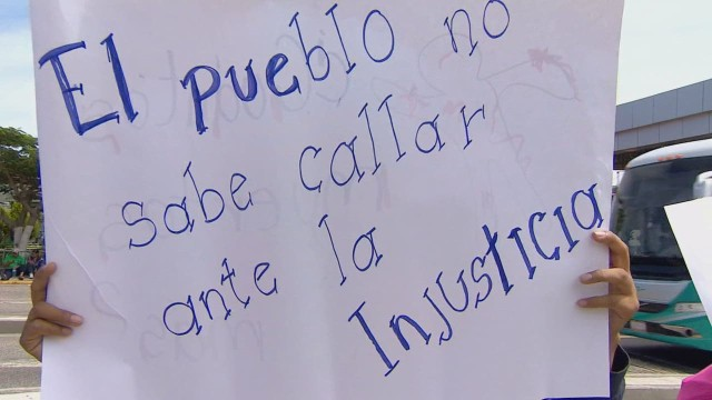 cnnee pkg rodriguez rey reax 43 ayotzinapa investigation report_00021729.jpg