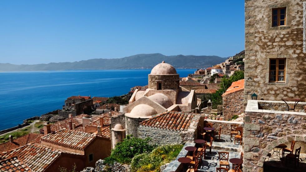 travel greek winter getaways