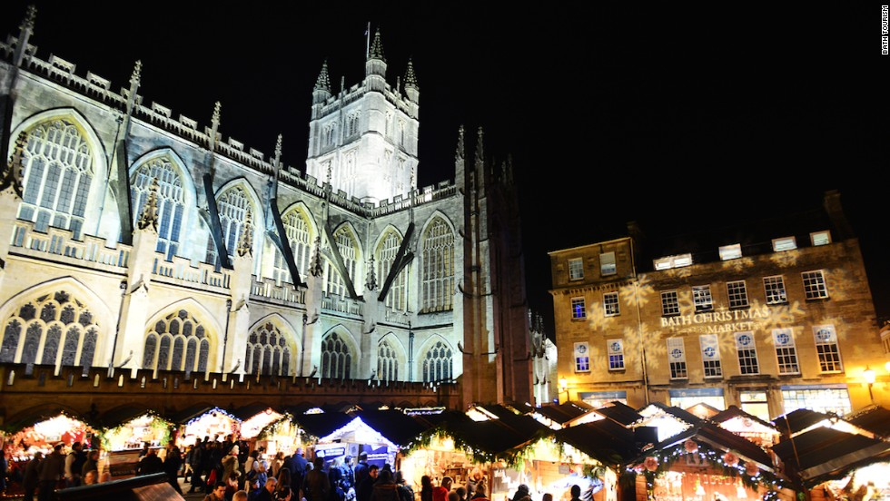 A seasonal favorite, the 18-day Bath Christmas Market has over 170 wooden chalets selling distinctively British handmade crafts in a quaint Georgian setting.