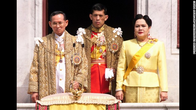 The Thai royal family,  (L to R) King Bhumibol Adulyadej,left, Crown Prince Maha Vajiralongkorn, center, and Queen Sirikit in 1999.