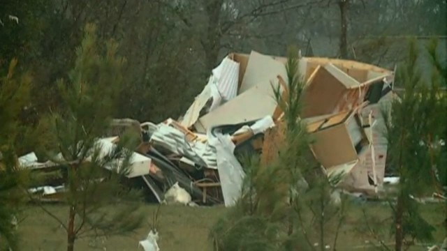 See aftermath of tornado in Louisiana