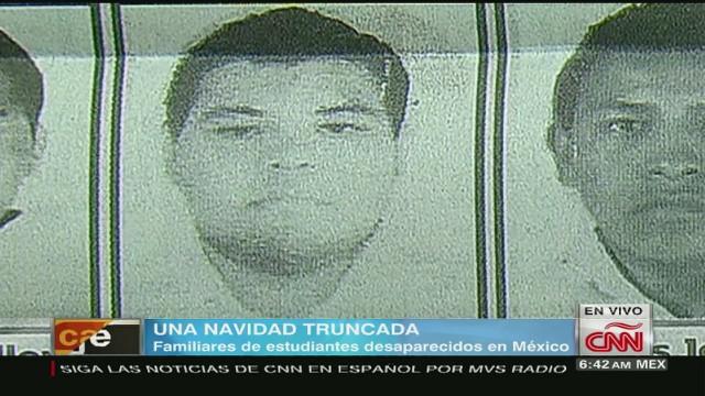 cnnee mexico christmas ayotzinapa_00025412.jpg