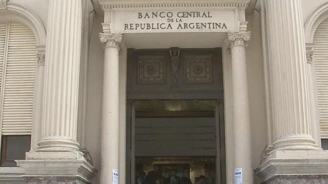cnnee argentina gimenez vulture fund deadline_00014215.jpg