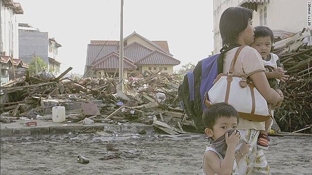 pkg asia indonesia tsunami survivor_00030303.jpg