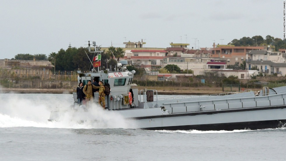 An Italian Navy rescue unit leaves the port of Brindisi. A joint Italian-Greek rescue operation will continue into Sunday night according to the Italian Minister of Defense, Roberta Pinotti.