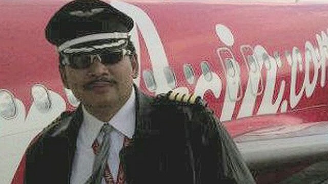 AirAsia pilot had 20,000 flying hours