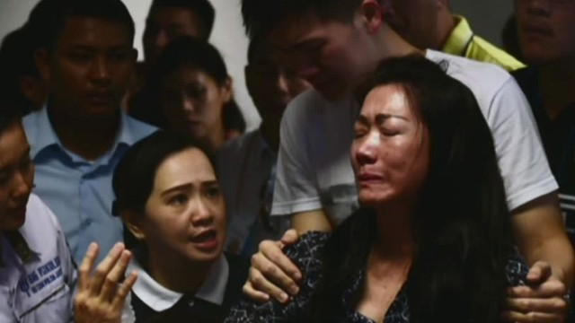 ac dnt flores airasia remembering victims _00002301.jpg
