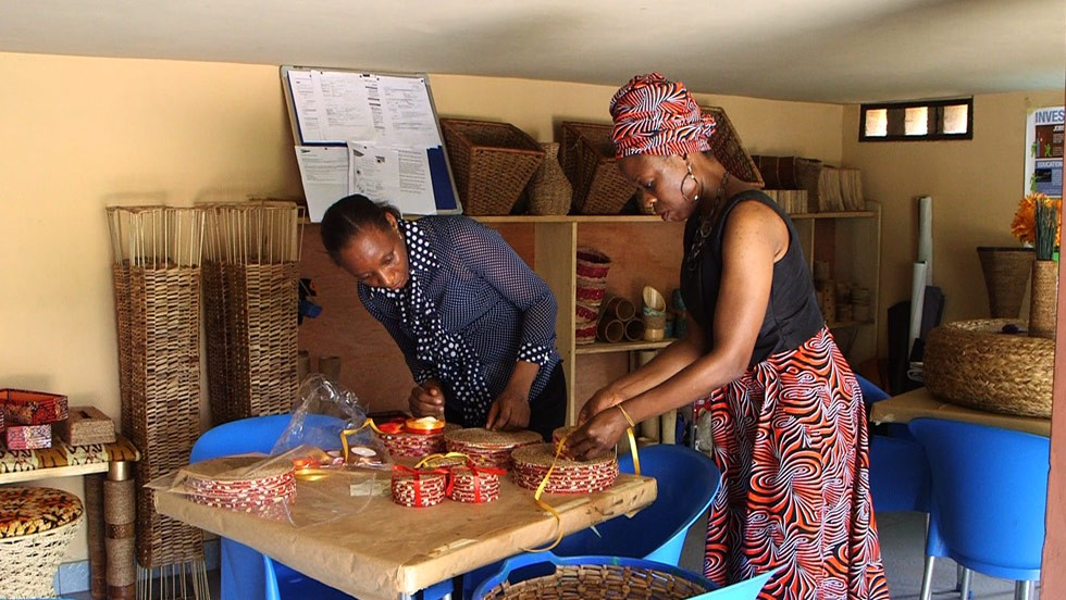 As well as establishing her own bespoke crafts business, the 46-year-old entrepreneur was also eager to help neighboring communities with training and skills knowledge.