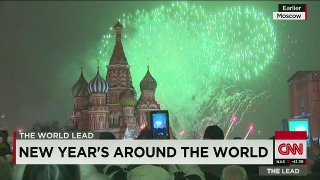 lead new years eve around the world_00001814.jpg