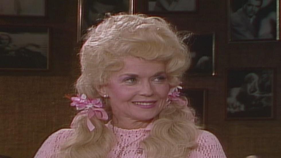 Donna Douglas, 'Beverly Hillbillies' Elly May, dead - CNN.com