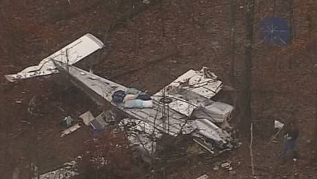 nr valencia girl survives ky plane crash_00003814