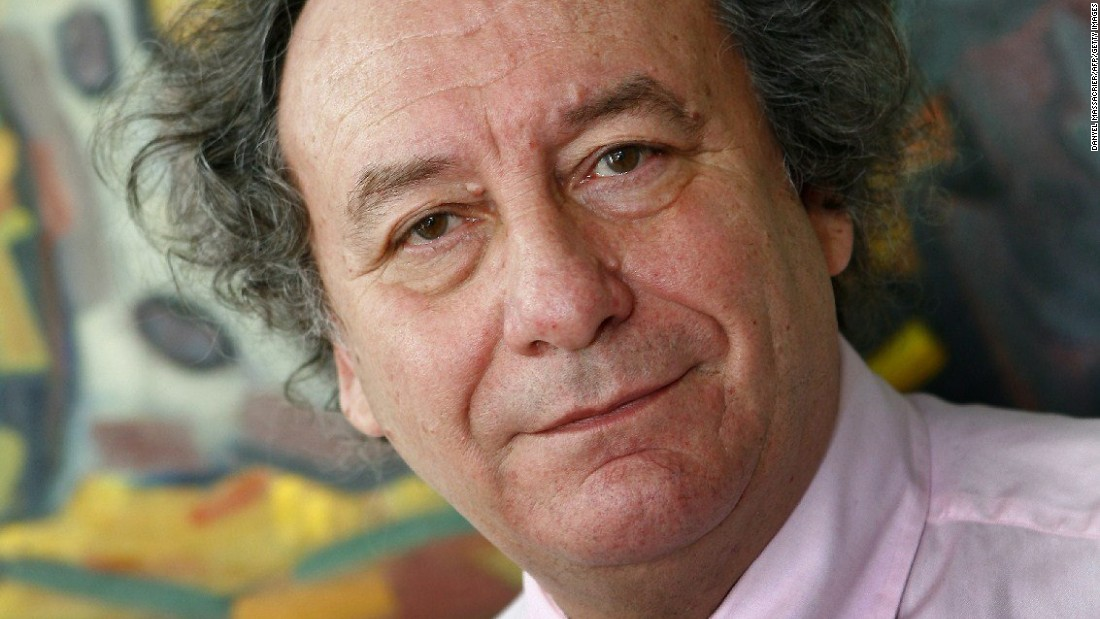Michel Renaud was a visitor at the newspaper office. He was known for his work on the cultural life of Clermont-Ferrand and held several positions in the municipality, France 3 Auvergne reported.