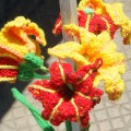 yarn bombing chile barrio italia lilies
