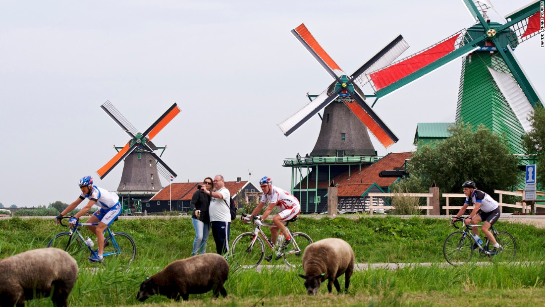 The windmills have become a tourism hotspot, with many keen to sample Zaanse Schans' bucolic lifestyle